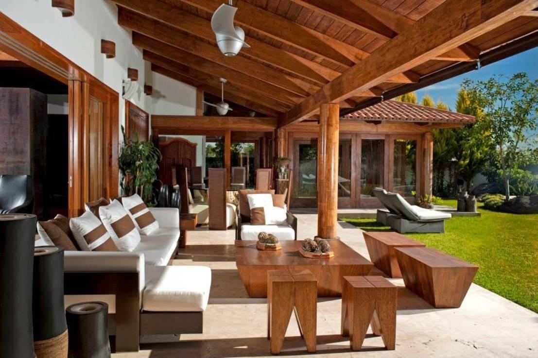 Constructii terase lemn pt gradina si terasa suspendata balcon for Esterno o externo